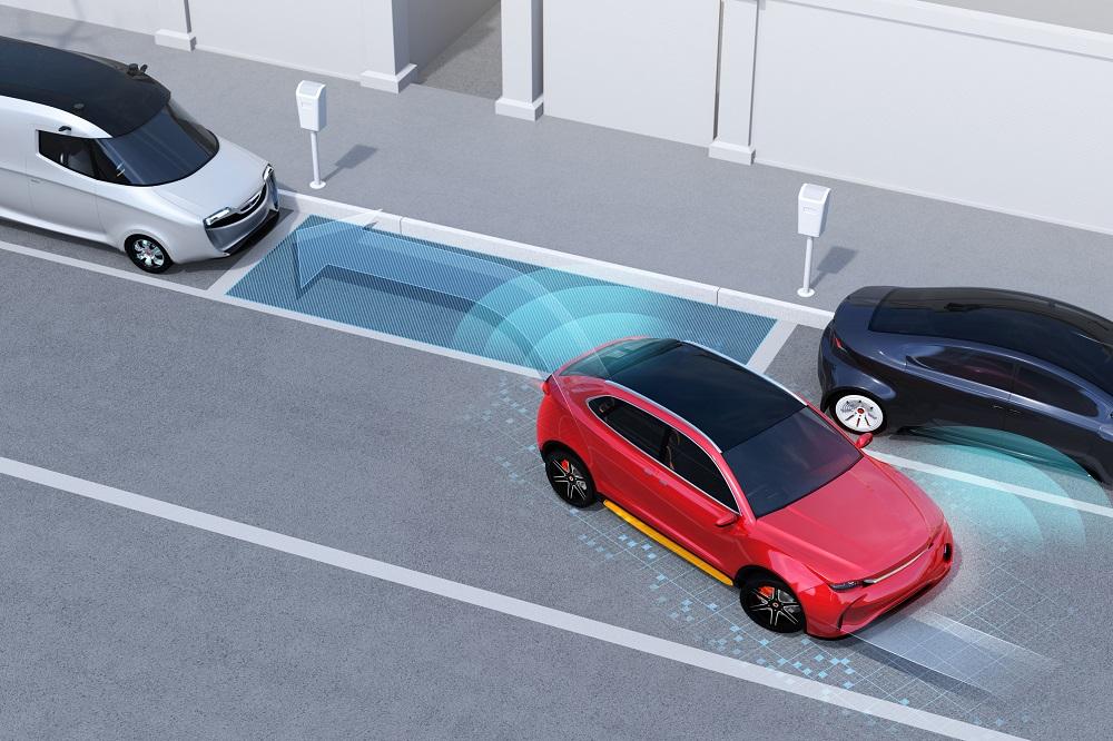 Parkowanie równoległe — zmora wielu kierowców